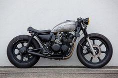 Kawasaki KZ 550 side