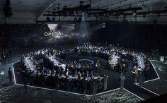 「オメガ」のスペシャルイベントにブランドのアンバサダーを務めるジョージ・クルーニーが登場