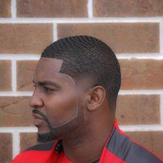 28 Best Haircuts For Black Men In 2018 - Men's Hairstyles Black Men Haircuts, Cool Mens Haircuts, Black Men Hairstyles, Comb Over Haircut, Taper Fade Haircut, 360 Waves Hair, Mens Braids Hairstyles, Hairstyle Men, Funky Hairstyles