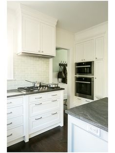 Complete Tile Collection Classic White Kitchen in Scarsdale, NY #VermeereTile #Ceramic #Backplash