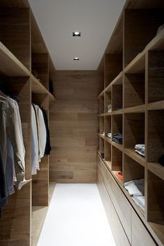 Smoked & Limed American Oak timber by Royal Oak Floors has been used by Robson Rak Architects in this beautiful walk in robe. I've got robe envy! www.royaloakfloors.com.au Photo: Patrick Todisco