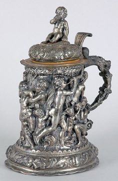GREEN-VAULTS-Continental-Rococo-Style-Silver-Plated-Figural-Tankard-DOYLES-NYC-SOLD-LATER-AS-BRONZE-6-08-CROOKS-1ST-CLASS-a.jpg (372×570)