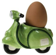 scooter egg cups...These are just TOO cute! Vespa, Vintage Egg Cups, Hamster House, Egg Coddler, Weird Shapes, Vintage Cookies, Vintage Planters, How To Cook Eggs, Egg Decorating
