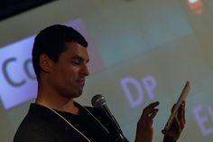 Alessandro Fonseca, Gerente de Contas da Adobe, apresenta o Adobe DPS. Foto: Guido Peters.