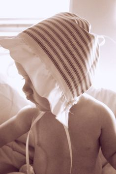 Sweet baby bonnet