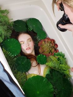 fstoppers bathtub magical turned forest your into pond how i a How I Turned Your Bathtub into a Magical Forest Pond FstoppersYou can find Magical forest and more on our website Milk Bath Photography, Creative Photography, Portrait Photography, Fashion Photography, Photography Ideas At Home, Magical Photography, Creative Photoshoot Ideas, Photoshoot Inspiration, Foto Fantasy