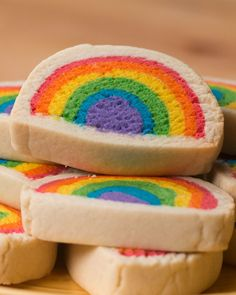 Slice & Bake Rainbow Cookies - Kuchen u. Icebox Cookies, No Bake Cookies, Cake Cookies, Rainbow Baking, Rainbow Food, Rainbow Cakes, Rainbow Treats, Rainbow Pastel, Rainbow Baby