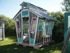Fun, fun, garden house!