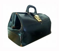 Vintage Doctor's Bag - I think The Doctor should have one of these with a sonic screwdriver inside.