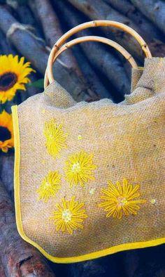 Burlap bag pattern & tutorial
