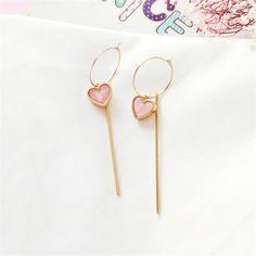 Gold Mini Heart Earrings with Round Cut Diamonds/ Micro Pave Earrings / Heart Shape Diamond Studs/ Minimalist Earrings - Fine Jewelry Ideas Ear Jewelry, Body Jewelry, Pendant Jewelry, Jewelry Accessories, Fine Jewelry, Jewellery Earrings, Dainty Jewelry, Bohemian Jewelry, Jewelry Ideas