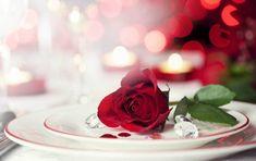 Найромантичніше свято в році - День Закоханих - прекрасний привід подарувати коханій людині теплі і незабутні миті. Але якщо ви ще не так добре знаєте один одного, є ризик погіршити ваші відносини недоречним подарунком. Пропонуємо дізнатися, від чого варто відмо�