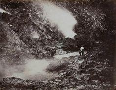 In die krater van de Papandajan bij Garoet