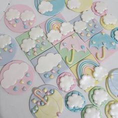 Saindo apliques para os doces mais lindos!! #doceschuvadeamor #docesdecorados #festachuvadeamor #amor #chuva #sugarart #docesdecorados #candy #candycolors #rainbow #chuvadeamor #chuvadebencaos