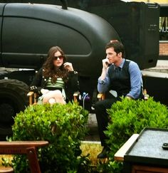 Lucy Hale and Ian Harding :) Aww Lucian Watch Pretty Little Liars, Prety Little Liars, Ezra And Aria, Tammin Sursok, Brant Daugherty, Ezra Fitz, Ian Harding, Spencer Hastings, Architecture Quotes