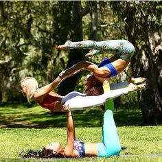 Weekend Acro Yoga Fun With The Girls Really Rock This 3 Person Pose And Our Flexi Pants You Can Get Their Queen Of Peacock White Peek A Boo