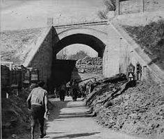 Resultado de imagen de fotos del puente de guernica en 1936