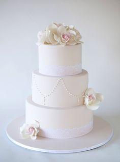 Simple but elegant wedding cake.