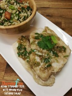 ThermoFun – Asian Steamed Fish with Brown Rice and Sesame Salad Recipe Other Recipes, Fish Recipes, Asian Recipes, Healthy Recipes, Healthy Food, Asian Pork Belly, Monthly Meal Planning, Large Salad Bowl, Free Meal Plans