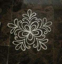 Inspired from mini muggulu Indian Rangoli Designs, Simple Rangoli Designs Images, Rangoli Designs Flower, Rangoli Border Designs, Rangoli Patterns, Rangoli Ideas, Rangoli Designs With Dots, Flower Rangoli, Beautiful Rangoli Designs