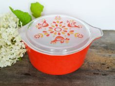 Vintage Pyrex Friendship Casserole Dish with Clear Patterned Lid  473 - Red and Orange Mid Century Milk Glass, Holds 1.5 quarts