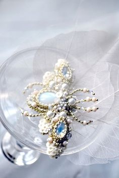 White Beetle brooch Bead embroidered insect от PurePearlBoutique