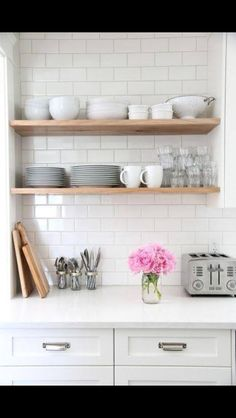 Beautiful shelving idea for in the kitchen