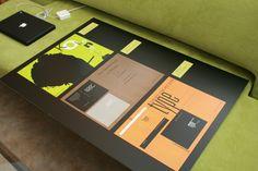 Typografian kurssi, 2 ov. Teatteri-poster, klassinen- ja moderni-kirjankansi. Muotoiluinstituutti, 2002-2006, viestinnän koulutusohjelma, graafinen suunnittelu. © Natasha Varis, 2003.