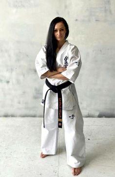 Karate Girl, Martial Arts Women, Taekwondo, Normcore, Fitness, Art Women, Sports, Clothing, Fashion