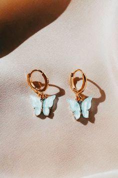 Ear Jewelry, Cute Jewelry, School Accessories, Jewelry Accessories, Accesorios Casual, Stylish Jewelry, Summer Jewelry, Cute Earrings, Ear Piercings
