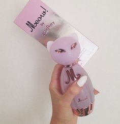 See what bree jurnee' (bree_jurnee) found on We Heart It, your everyday app to get lost in what you love. Katy Perry, Ariana Perfume, Perfume Jpop, Perfume Body Spray, Fragrance Lotion, Packaging, Smell Good, Bath And Body Works, Girly Things