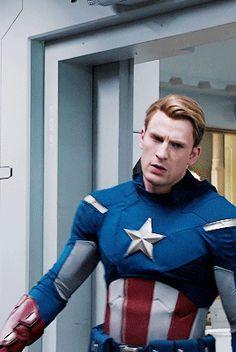 """dicapriho: """"Steve Rogers in The Avengers """" Steve Rogers, Steven Grant Rogers, Oh Captain My Captain, Captain Rogers, Christopher Evans, Chris Evans Captain America, Marvel Captain America, Marvel Dc, Live Action"""