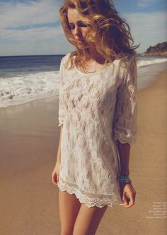 I love this photo! Beachy bohemian chic by H&M, played up by beautiful sun-lit waves.