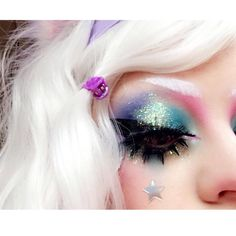 """1,191 gilla-markeringar, 6 kommentarer - Tori (@happyunbirthday1) på Instagram: """" All the shadows and lashes are @sugarpill and the glitters are @litcosmetics and…"""""""