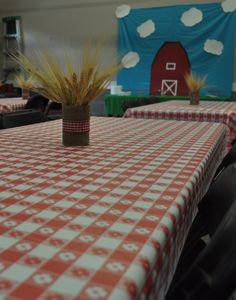 Farm Party Table Decorations
