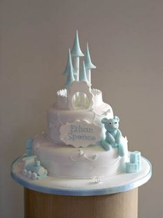christening-2-tier-castle-blue-apr-07 lo res by www.HaveYourCakeAndEatIt.Org, via Flickr