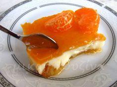 Η αλήθεια είναι, πως αυτό το γλυκό, το έχω βαφτίσει τούρτα μανταρίνι. Μα τι τούρτα είναι αυτή, θα πει κάποιος, που μπαίνει σε ταψί; Οπότε, ... Cookbook Recipes, Sweets Recipes, Fruit Recipes, Cooking Recipes, Greek Desserts, Greek Recipes, Sweets Cake, Fruit Cakes, No Bake Cake