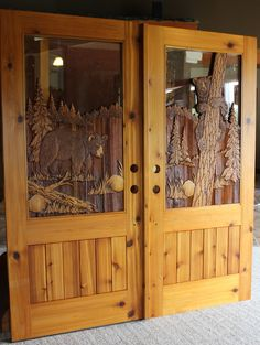 Hand carved to perfection, Great River Door Co. offers beautiful carved wood front doors for homes, lake houses & cabins. Custom Wood Doors, Wood Front Doors, Rustic Doors, Wooden Doors, Log Cabin Exterior, Log Home Kitchens, Double Doors Exterior, Cabin Doors, Bear Decor