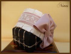 Media capota infantil Ribbon Bows, Baby Headbands, Hair Bows, Diy And Crafts, Hair Accessories, Victorian, Sewing, Kids, Handmade