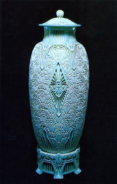 Adelaide Robineau, The Scarab Vase, The People's University, St. Louis, Missouri, 1910