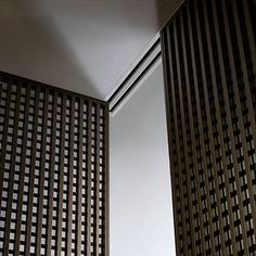 Rimadesio: sliding systems, living area, complements, doors, walk-in closet, sliding doors manufacturer. Enter now!