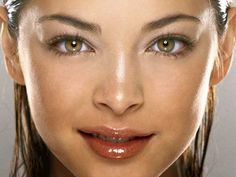 The 20 Most Beautiful Celebrity Eyes According To Google (GALLERY)