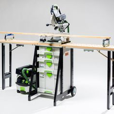 Build Dog - Transportainer