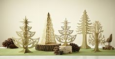 Quickly create a gold or red or whatever color you dream holiday display