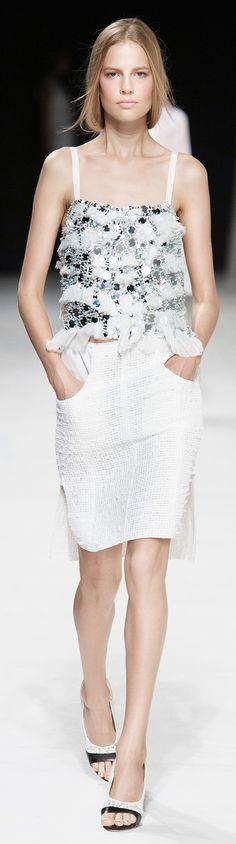 Découvrez la collection été 2014 de Nina Ricci #mode #ninaricci