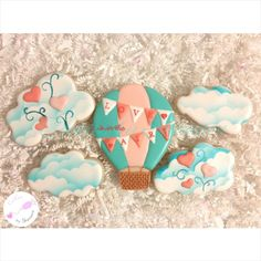 Love is in the air!    By Cookies by Shannon cookiesbyshannon@yahoo.com