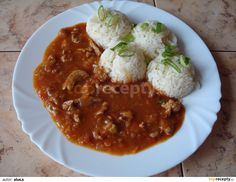 Katův šleh recept - TopRecepty.cz Russian Recipes, Chana Masala, Thai Red Curry, Cauliflower, Pork, Food And Drink, Healthy Recipes, Meat, Chicken