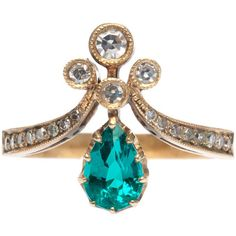 Pre-owned Trumpet & Horn Emerald Diamond Tiara Engagement Ring (17.465 BRL) ❤ liked on Polyvore featuring jewelry, rings, engagement rings, 18k diamond ring, pear cut engagement rings, bezel set engagement ring, victorian engagement rings and emerald ring