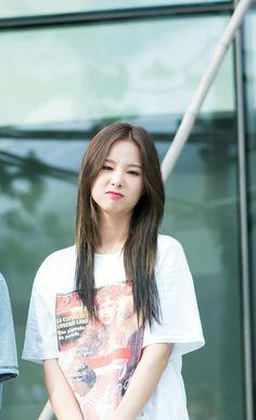 EXID Solji Kpop Girl Groups, Korean Girl Groups, Kpop Girls, Hani, K Pop, Petty Girl, Oppa Gangnam Style, Korean Pop Group, Entertainment