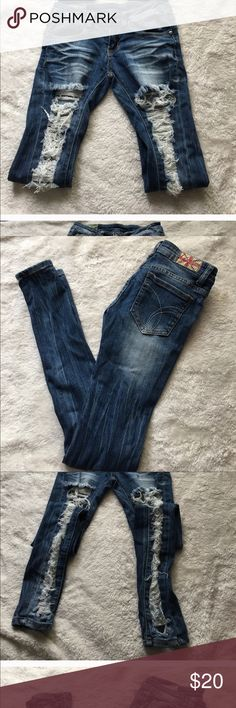 Machine Distressed Jeans. Sz 1 Check out the picks. Great for fall with thigh thigh boots! machine Jeans Skinny